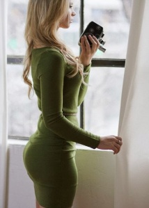 Hot-ass-in-tight-green-dress