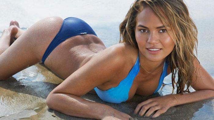 chrissy-teigen-twitter-war-donald-trump-lead